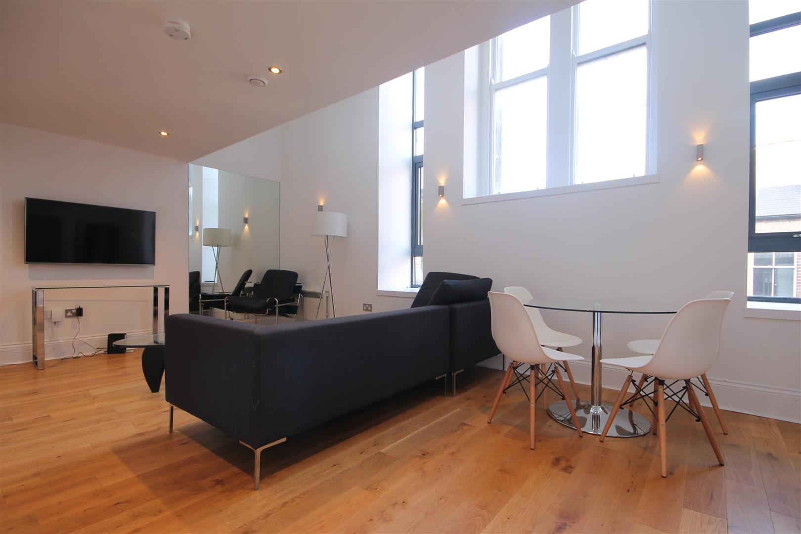 Chaucer Building Newcastle Upon Tyne, 3 Bedrooms  Apartment ,To Let